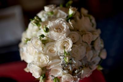 01_chateau-bela_hotel-chateau-bela_jimmy-choo_arioso-budapest_eskuvoi-fotos_jurajzsok_svadobny-fotograf_wedding-photographer_008-large.jpg