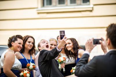 http://www.fotoz.sk/images/category-3/normal/eskuvoii-fotos_svadobny-fotograf_juraj_zsok_026.jpg