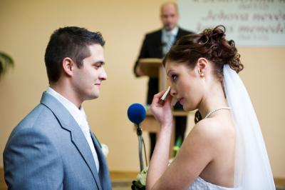 http://www.fotoz.sk/images/category-3/normal/eskuvoii-fotos_svadobny-fotograf_juraj_zsok_099.jpg