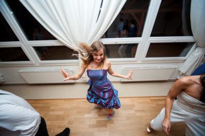 http://www.fotoz.sk/images/category-3/normal/eskuvoii-fotos_svadobny-fotograf_juraj_zsok_179.jpg