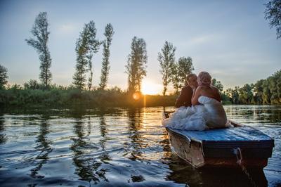 http://www.fotoz.sk/images/category-4/normal/eskuvoi-fotos_svadobny-fotograf_juraj_zsok_008.jpg