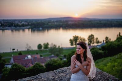 http://www.fotoz.sk/images/category-4/normal/eskuvoi-fotos_svadobny-fotograf_juraj_zsok_157.jpg