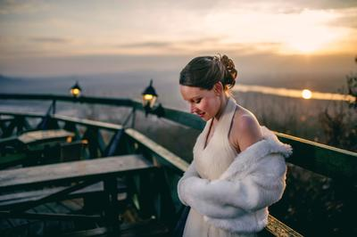 http://www.fotoz.sk/images/category-4/normal/eskuvoi-fotos_svadobny-fotograf_juraj_zsok_244.jpg