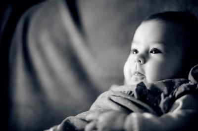 http://www.fotoz.sk/images/category-5/normal/fotenie-deti_detske-foto_fotograf-deti_baba-fotozas_kisbaba-foto_fotografdeti_005.jpg