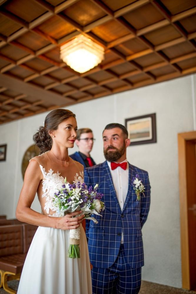 http://www.fotoz.sk/images/gallery-10/normal/eskuvoi-fotozas_svadobne-fotenie_653.jpg