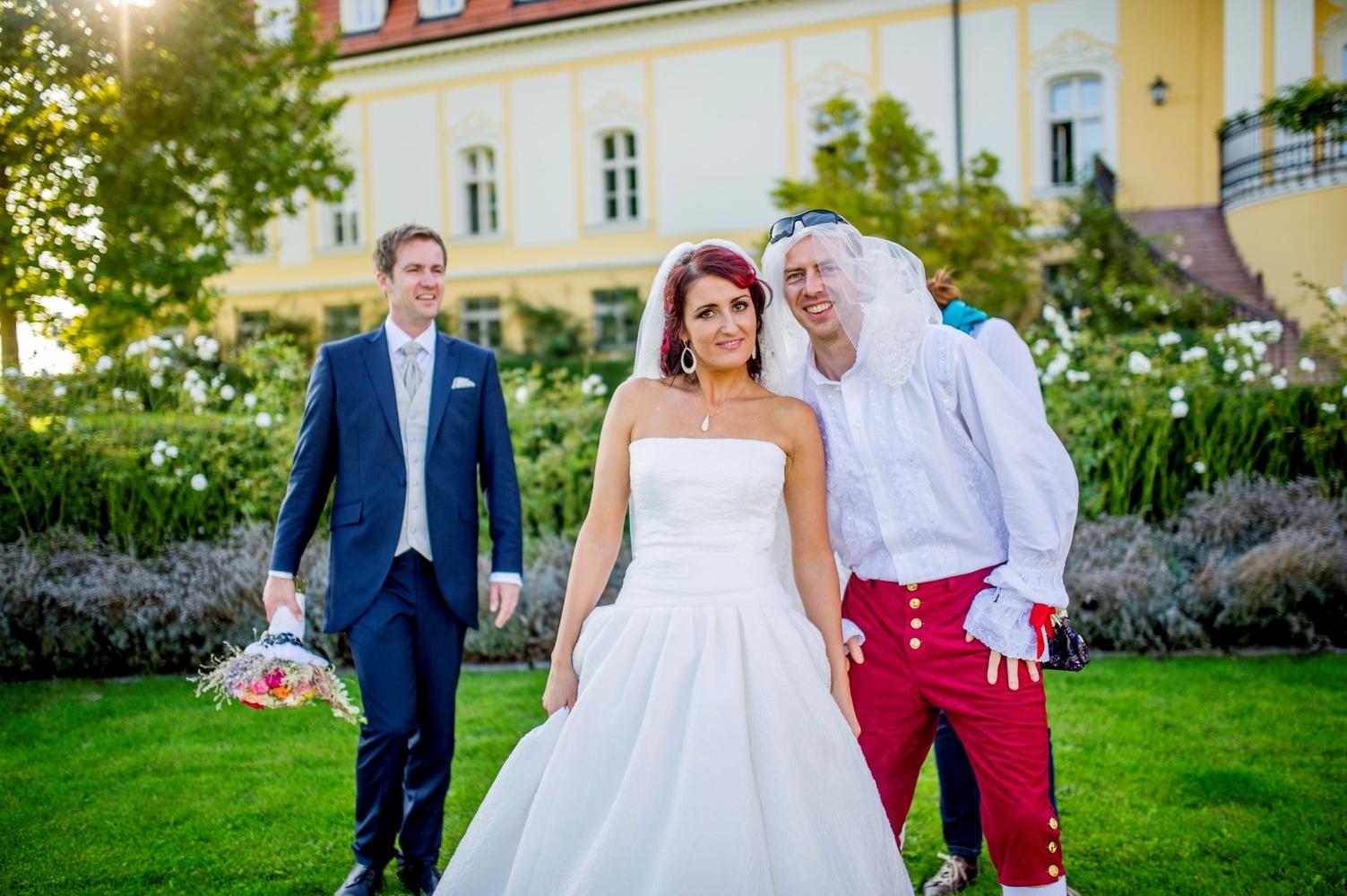 http://www.fotoz.sk/images/gallery-12/normal/svadba_hotel-chateau-bela_213.jpg