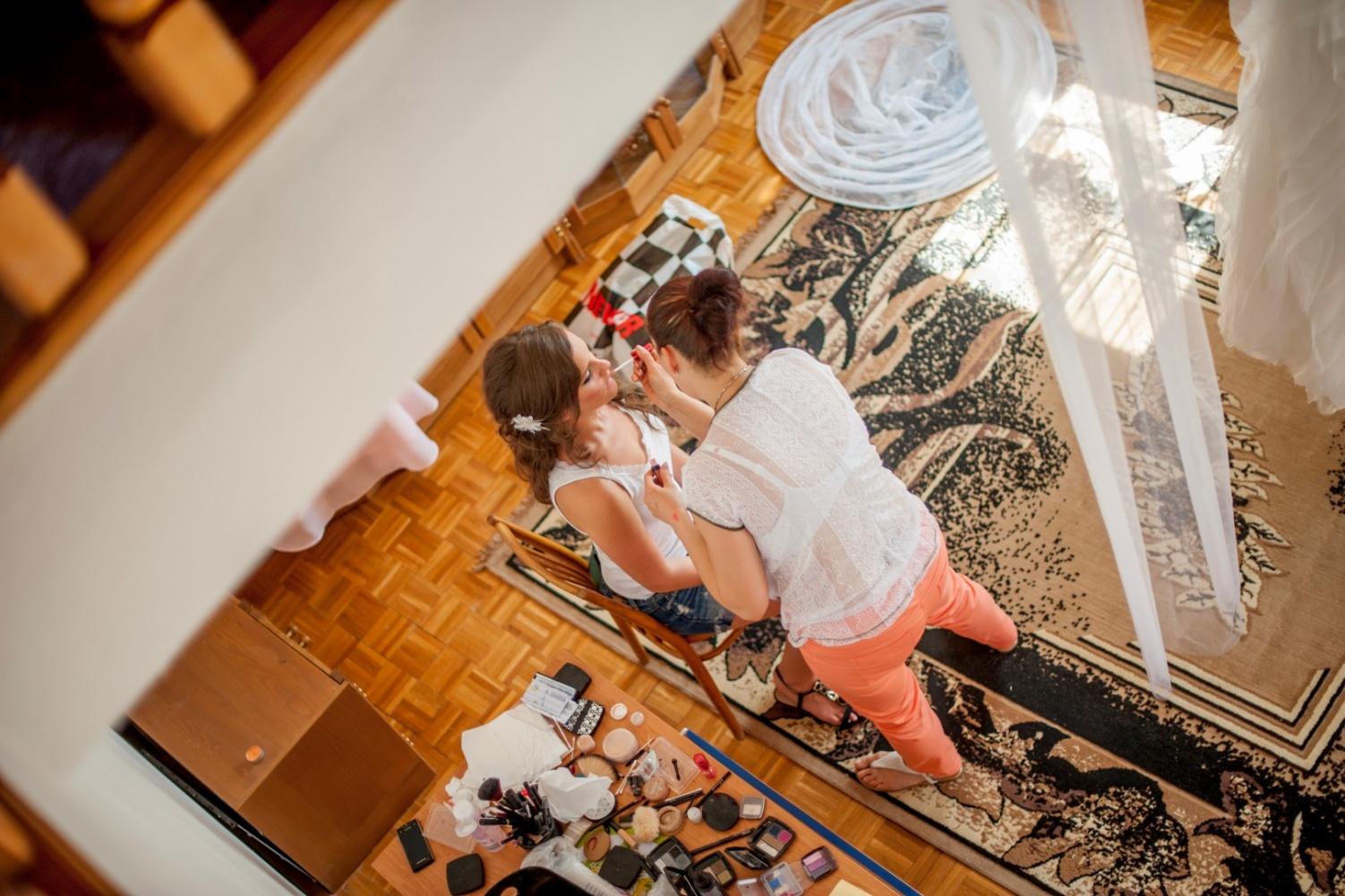 http://www.fotoz.sk/images/gallery-21/normal/svadobne-fotenie_eskuvoi-fotos_058.jpg