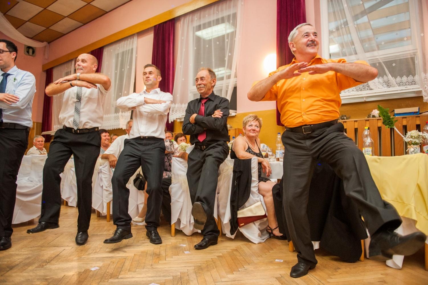 http://www.fotoz.sk/images/gallery-21/normal/svadobne-fotenie_eskuvoi-fotos_376.jpg