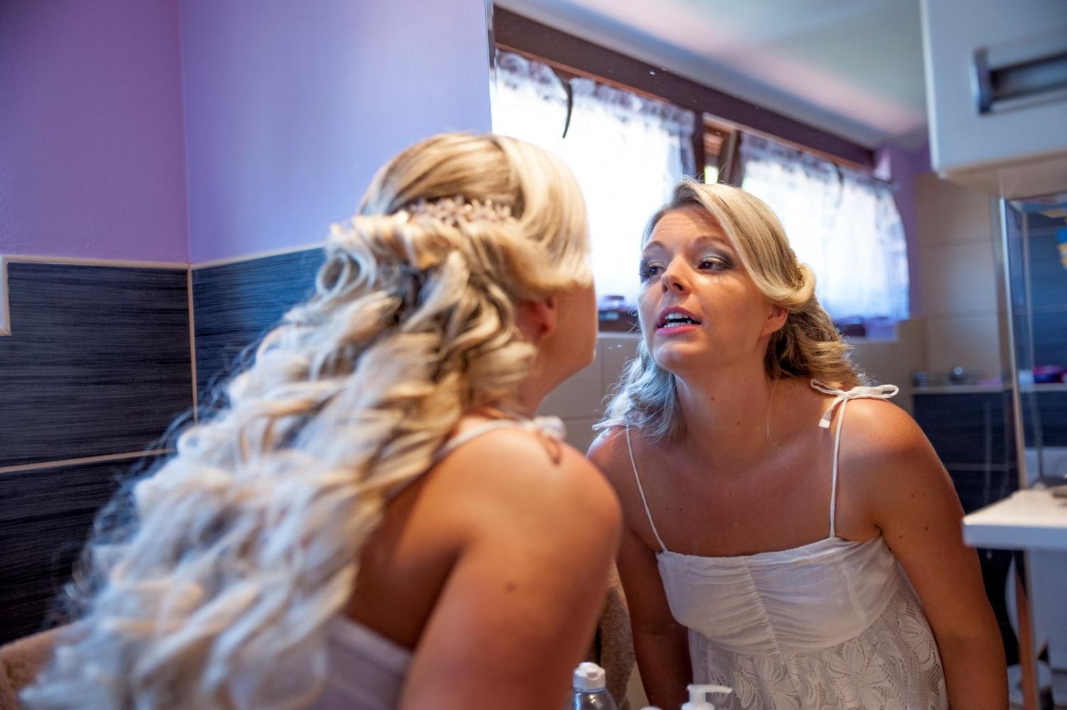http://www.fotoz.sk/images/gallery-22/normal/eskuvoi-fotos_svadobny-fotograf_321.jpg