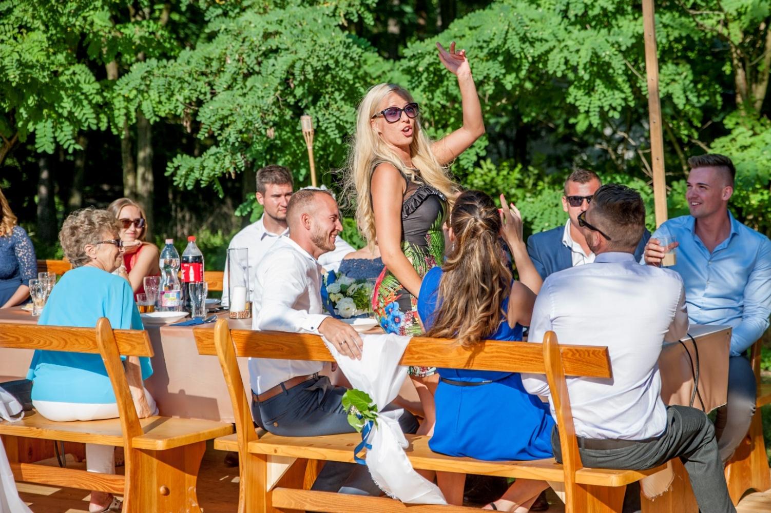 http://www.fotoz.sk/images/gallery-22/normal/eskuvoi-fotos_svadobny-fotograf_493.jpg