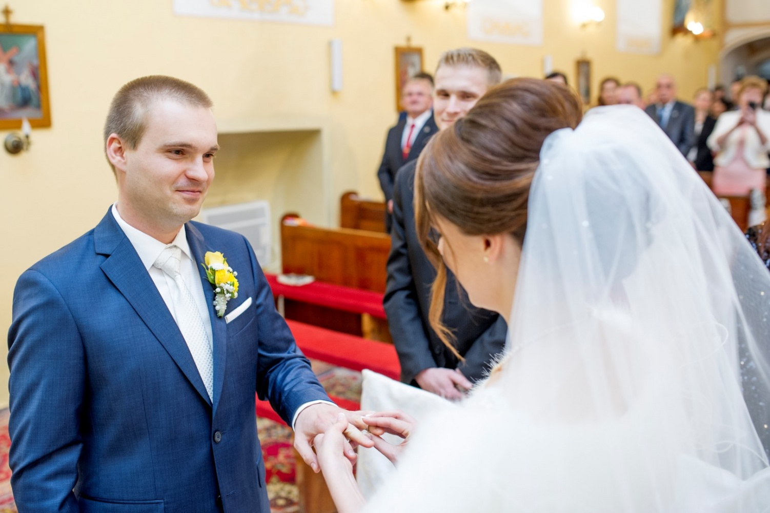 http://www.fotoz.sk/images/gallery-23/normal/svadba-_sv_petrus-vini_053.jpg