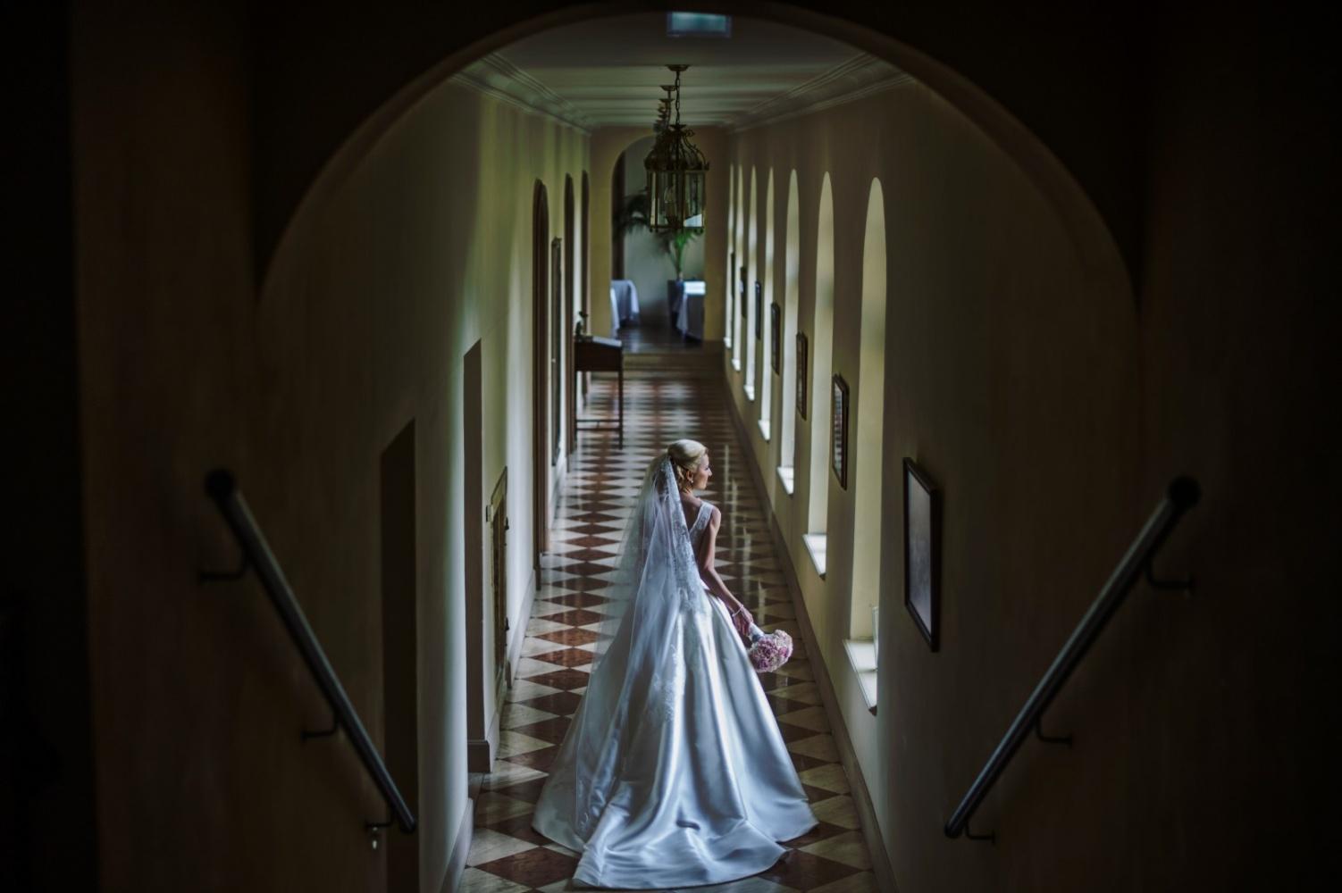 http://www.fotoz.sk/images/gallery-26/normal/svadba_hotel-chateau-bela_002.jpg
