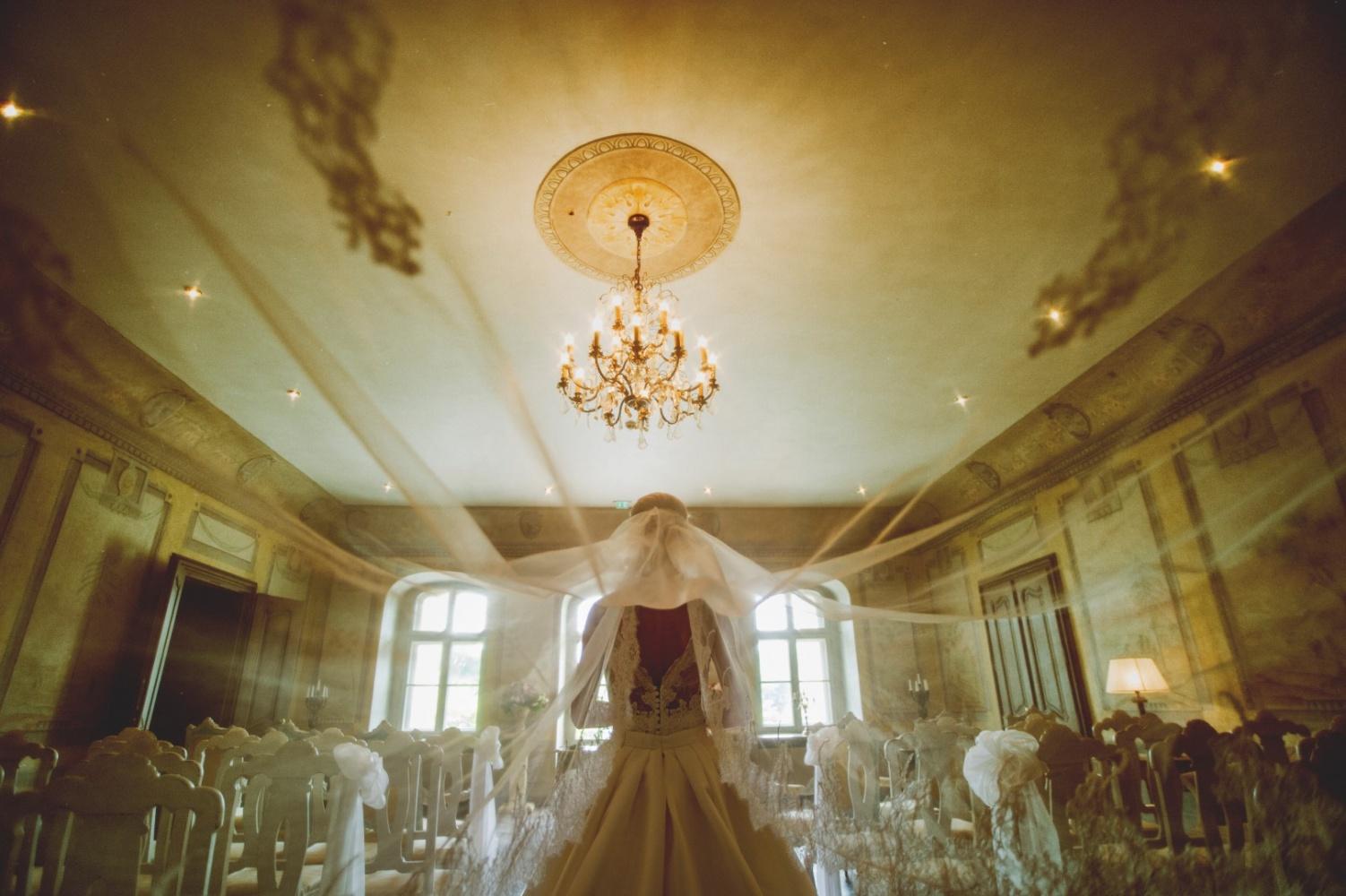http://www.fotoz.sk/images/gallery-26/normal/svadba_hotel-chateau-bela_003.jpg