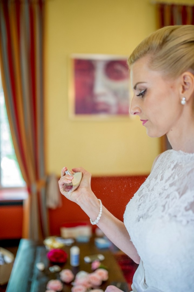 http://www.fotoz.sk/images/gallery-26/normal/svadba_hotel-chateau-bela_044.jpg