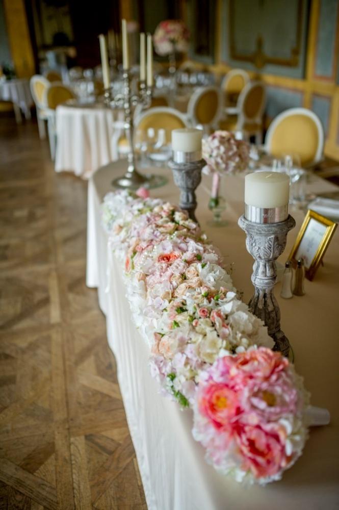 http://www.fotoz.sk/images/gallery-26/normal/svadba_hotel-chateau-bela_061.jpg