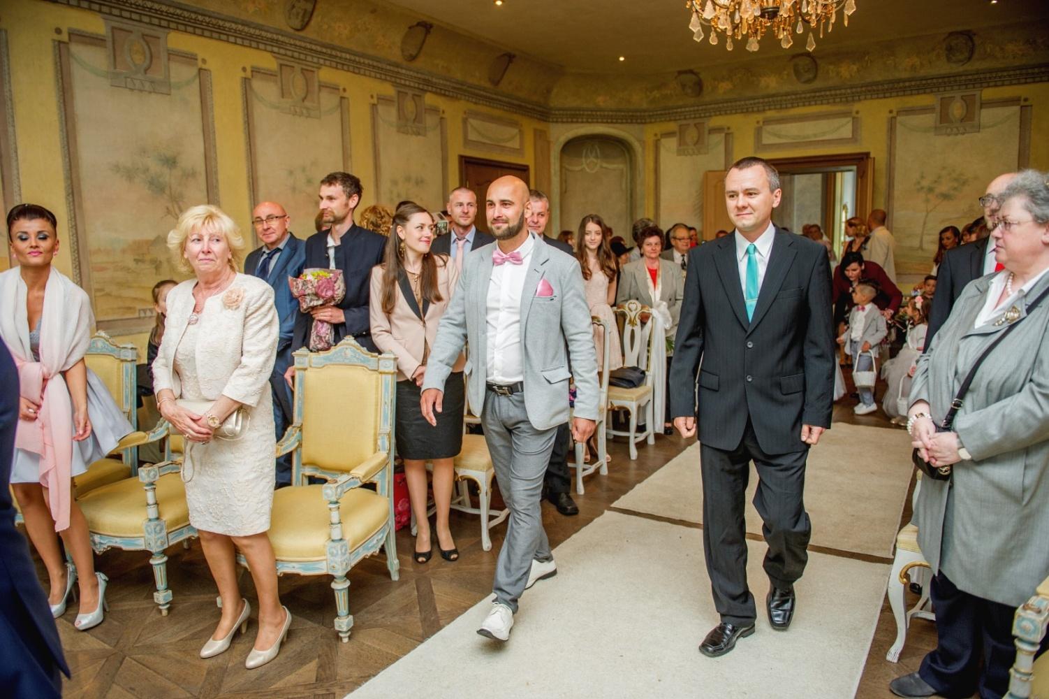 http://www.fotoz.sk/images/gallery-26/normal/svadba_hotel-chateau-bela_066.jpg