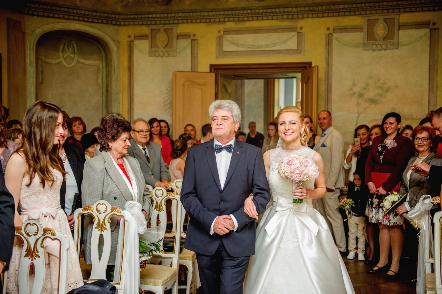 http://www.fotoz.sk/images/gallery-26/normal/svadba_hotel-chateau-bela_070.jpg