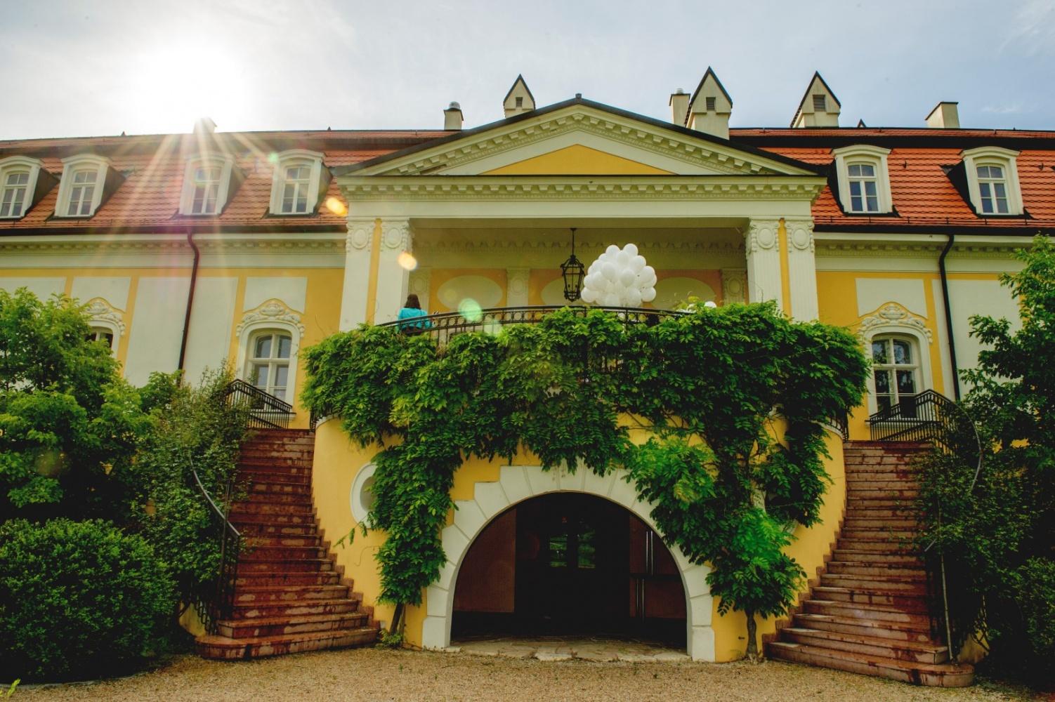 http://www.fotoz.sk/images/gallery-26/normal/svadba_hotel-chateau-bela_099.jpg