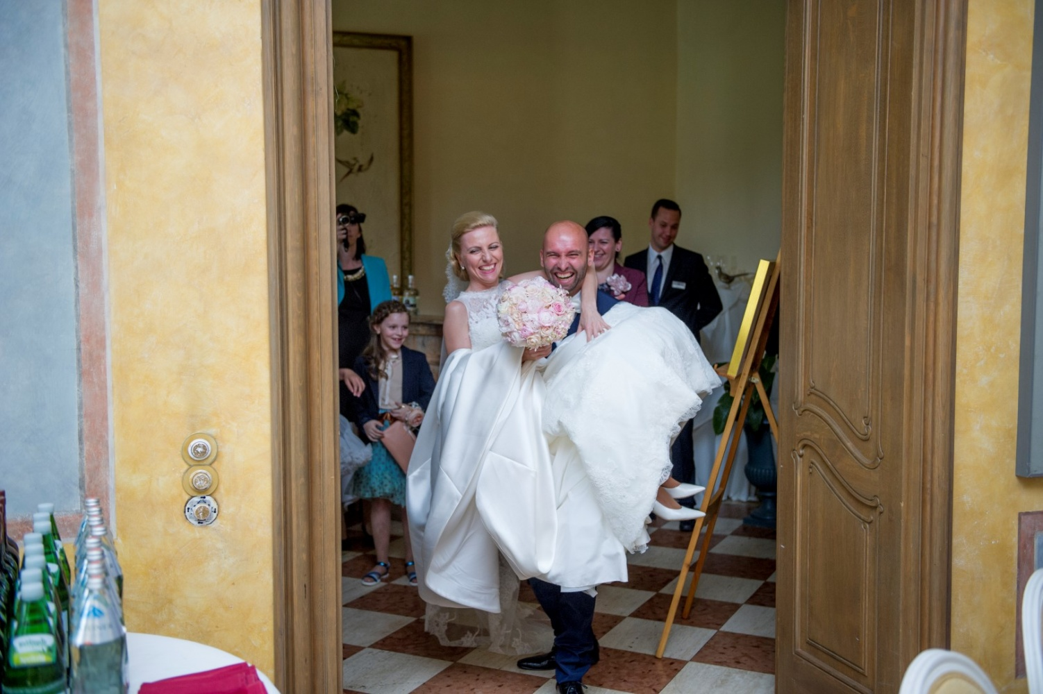 http://www.fotoz.sk/images/gallery-26/normal/svadba_hotel-chateau-bela_130.jpg