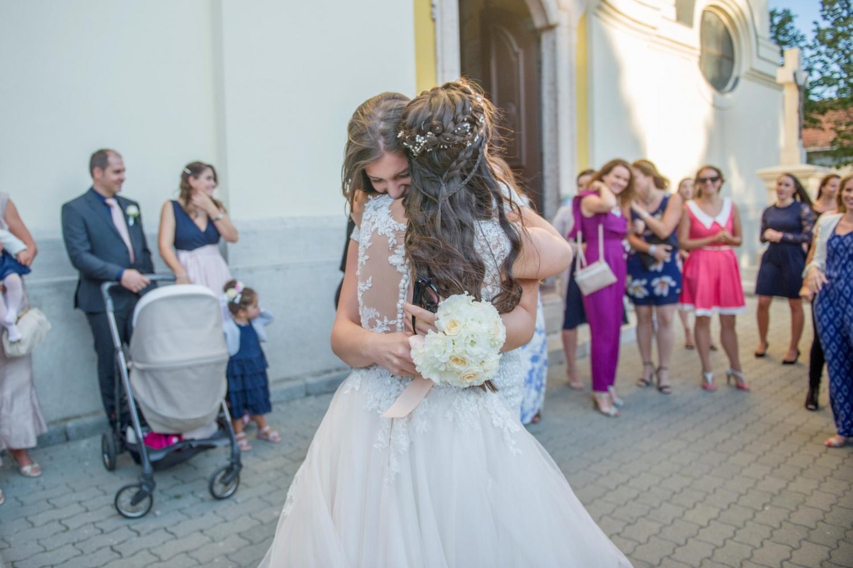 http://www.fotoz.sk/images/gallery-31/normal/eskuvo_dunaharaszti-rendezvenyhaz_353.jpg