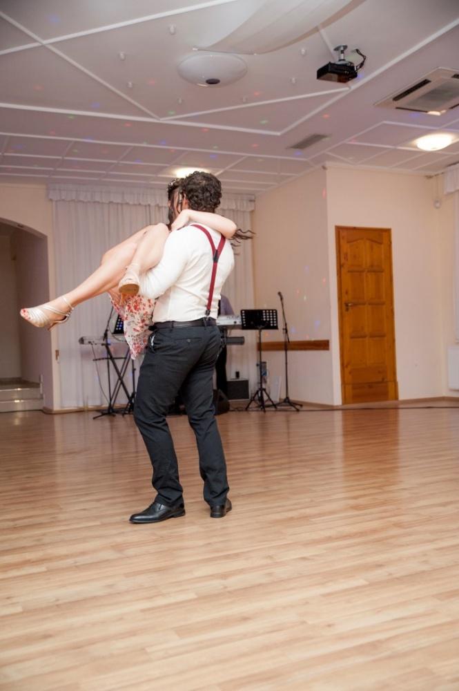 http://www.fotoz.sk/images/gallery-31/normal/eskuvo_dunaharaszti-rendezvenyhaz_800.jpg