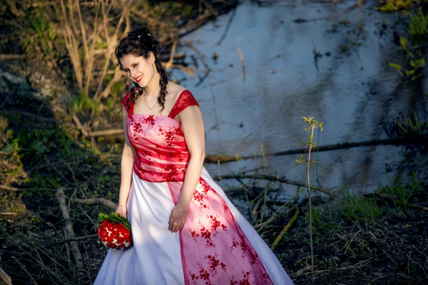 http://www.fotoz.sk/images/gallery-39/normal/svadobny-fotograf_eskuvoi-fotos_lacny-fotograf_fotograf-na-svadbu_juraj-zsok_fotograf-nitra_fotograf-galanta_juraj-zsok200.jpg