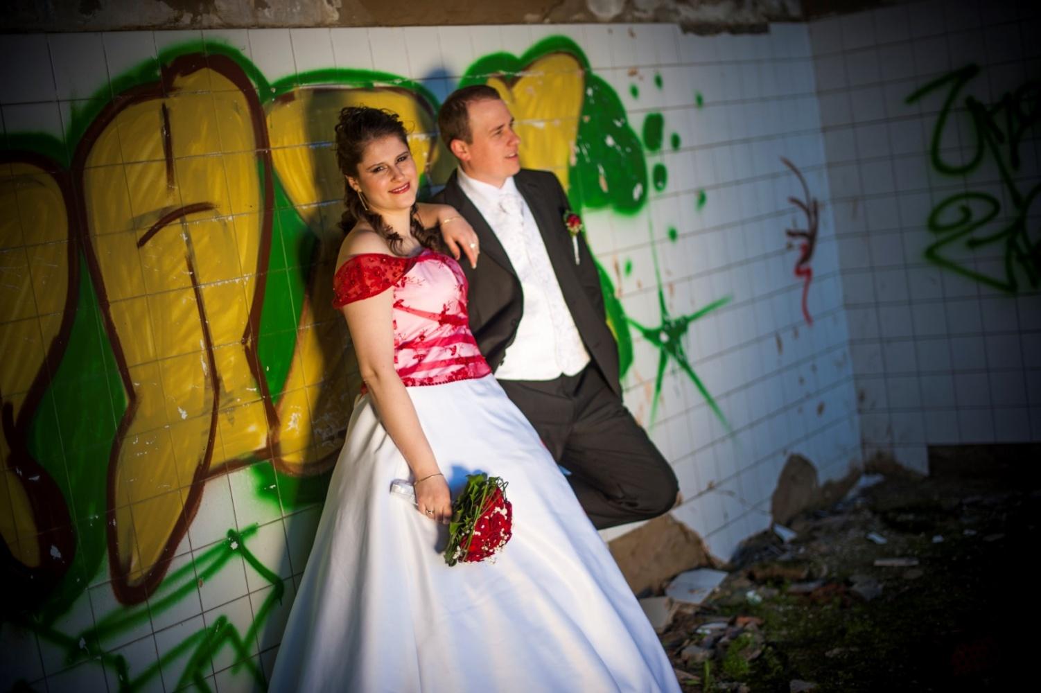 http://www.fotoz.sk/images/gallery-39/normal/svadobny-fotograf_eskuvoi-fotos_lacny-fotograf_fotograf-na-svadbu_juraj-zsok_fotograf-nitra_fotograf-galanta_juraj-zsok276.jpg