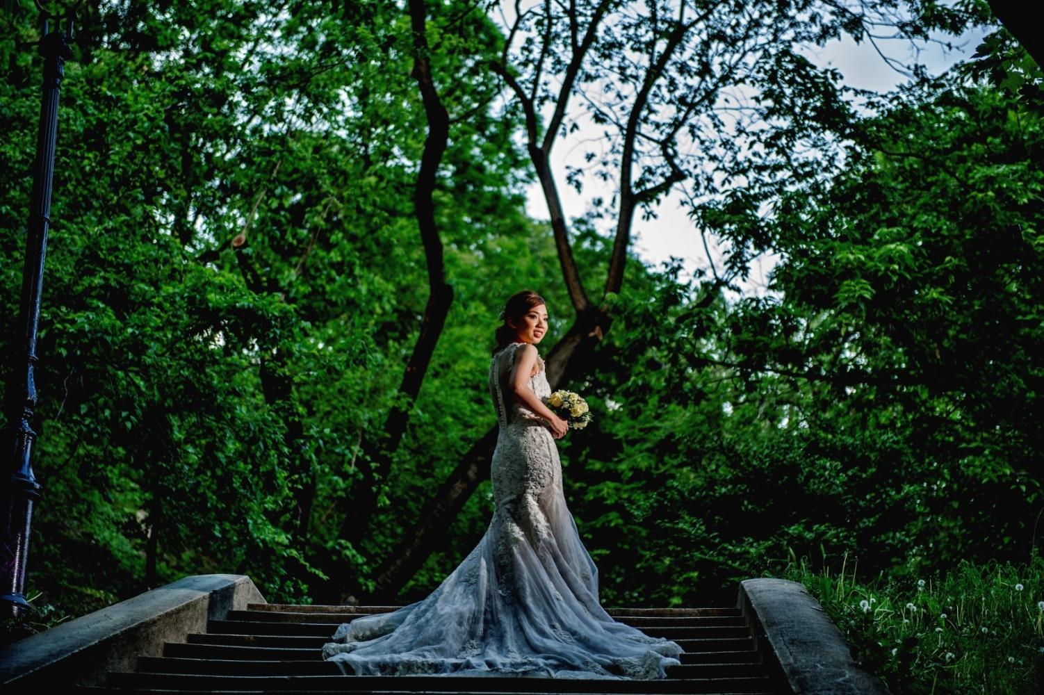 http://www.fotoz.sk/images/gallery-43/normal/svadobny-fotograf_svadobne-fotky_prewedding-budapest_juraj-zsok_eskuvoi-fotos_eskuvoi-fotozas_013.jpg