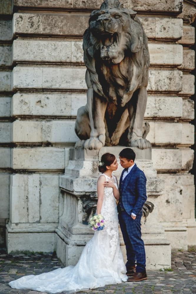 http://www.fotoz.sk/images/gallery-43/normal/svadobny-fotograf_svadobne-fotky_prewedding-budapest_juraj-zsok_eskuvoi-fotos_eskuvoi-fotozas_021.jpg