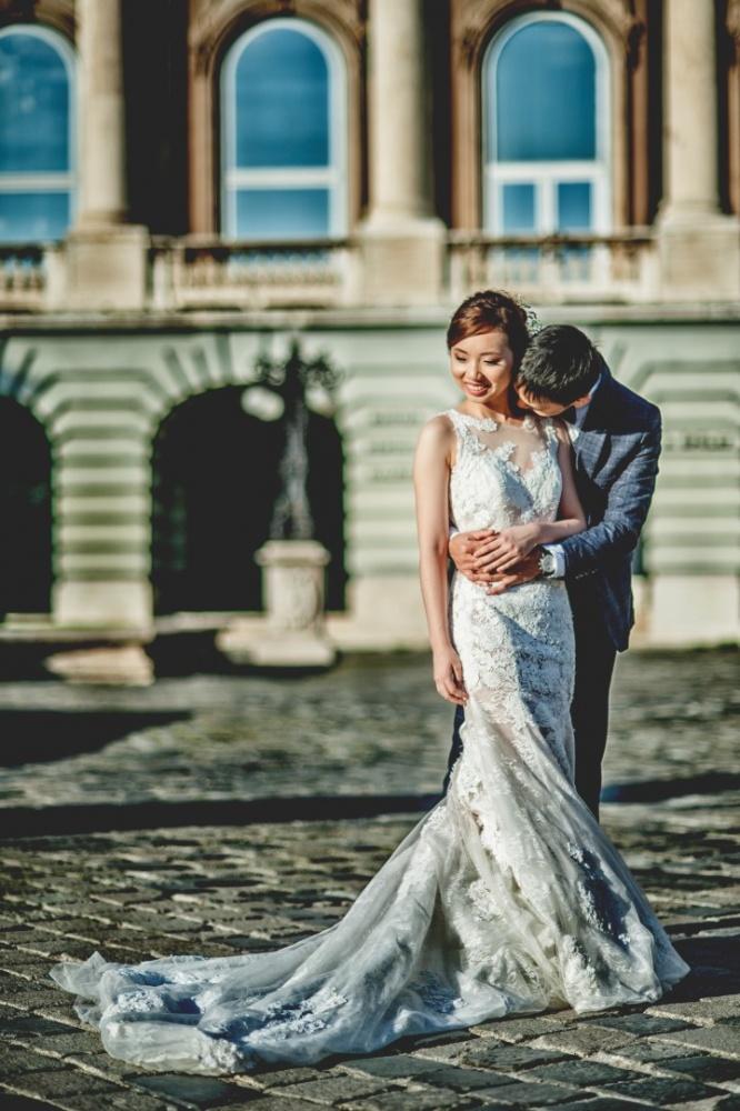 http://www.fotoz.sk/images/gallery-43/normal/svadobny-fotograf_svadobne-fotky_prewedding-budapest_juraj-zsok_eskuvoi-fotos_eskuvoi-fotozas_050.jpg