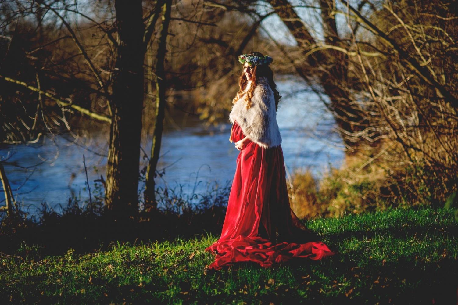 http://www.fotoz.sk/images/gallery-46/normal/szi-kismama-fotozas_kismama-fotok_autumn-pregnacy-photo_fotenie-tehuliek_autumn-maternity-foto_oszi-kismama_tehulka_tehulka-foto_jesenne-fotenie_kreativ-kismama-fotozas016.jpg