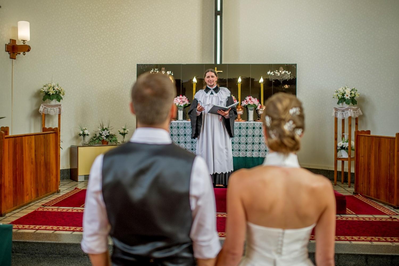 http://www.fotoz.sk/images/gallery-8/normal/eskuvoi-fotos_svadobny-fotograf_358.jpg