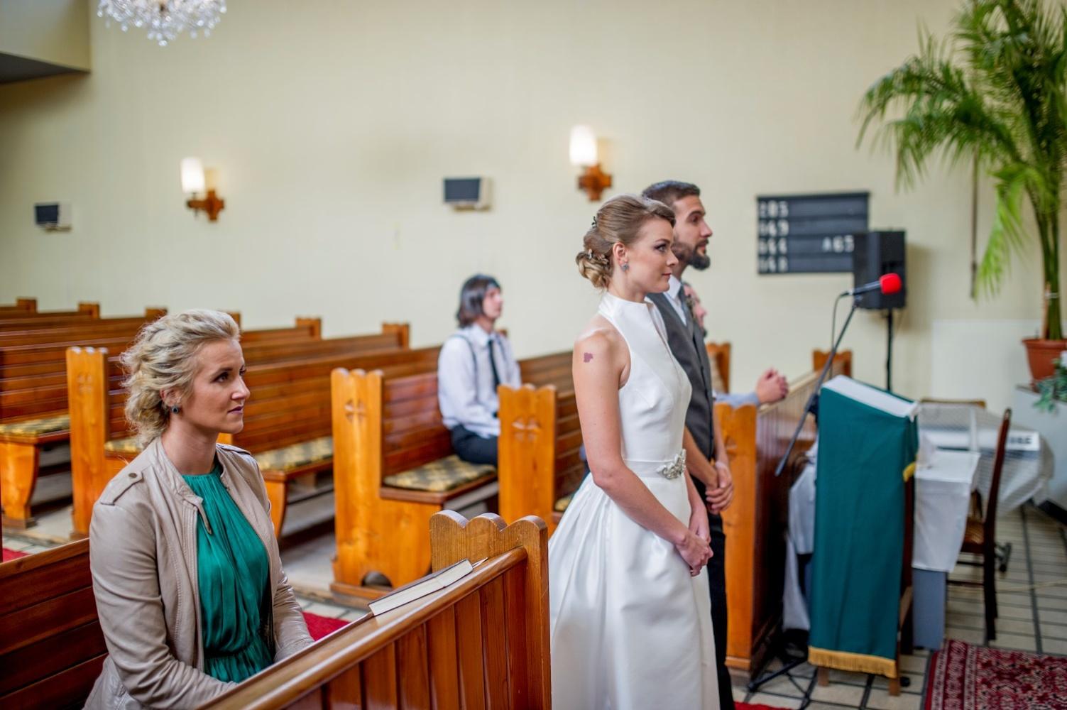 http://www.fotoz.sk/images/gallery-8/normal/eskuvoi-fotos_svadobny-fotograf_359.jpg