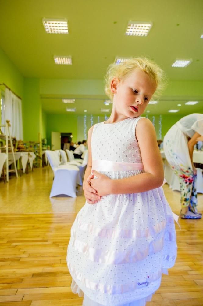 http://www.fotoz.sk/images/gallery-8/normal/eskuvoi-fotos_svadobny-fotograf_503.jpg