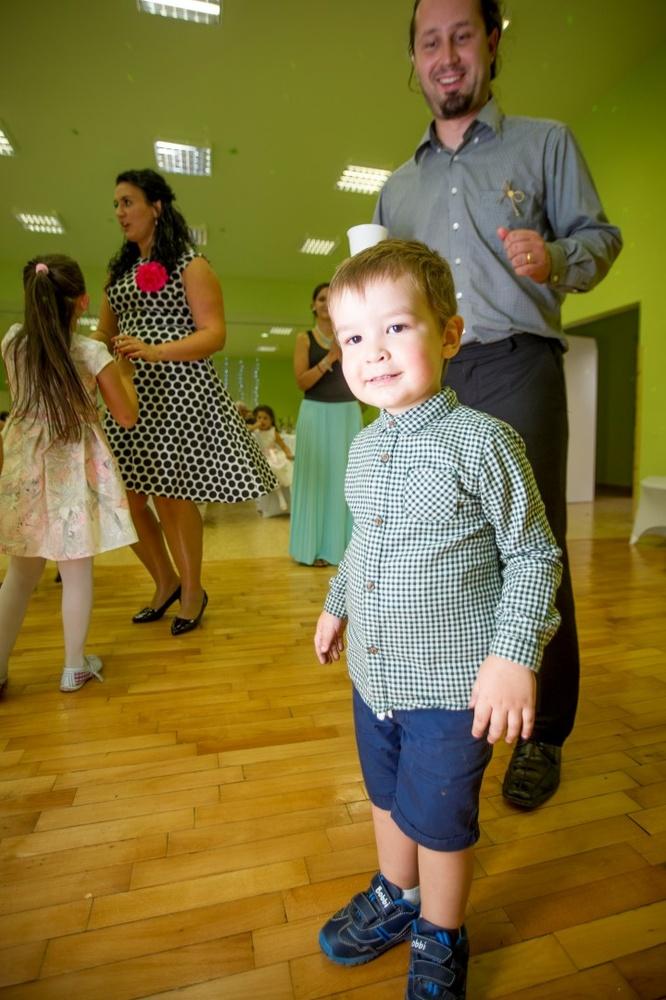 http://www.fotoz.sk/images/gallery-8/normal/eskuvoi-fotos_svadobny-fotograf_508.jpg