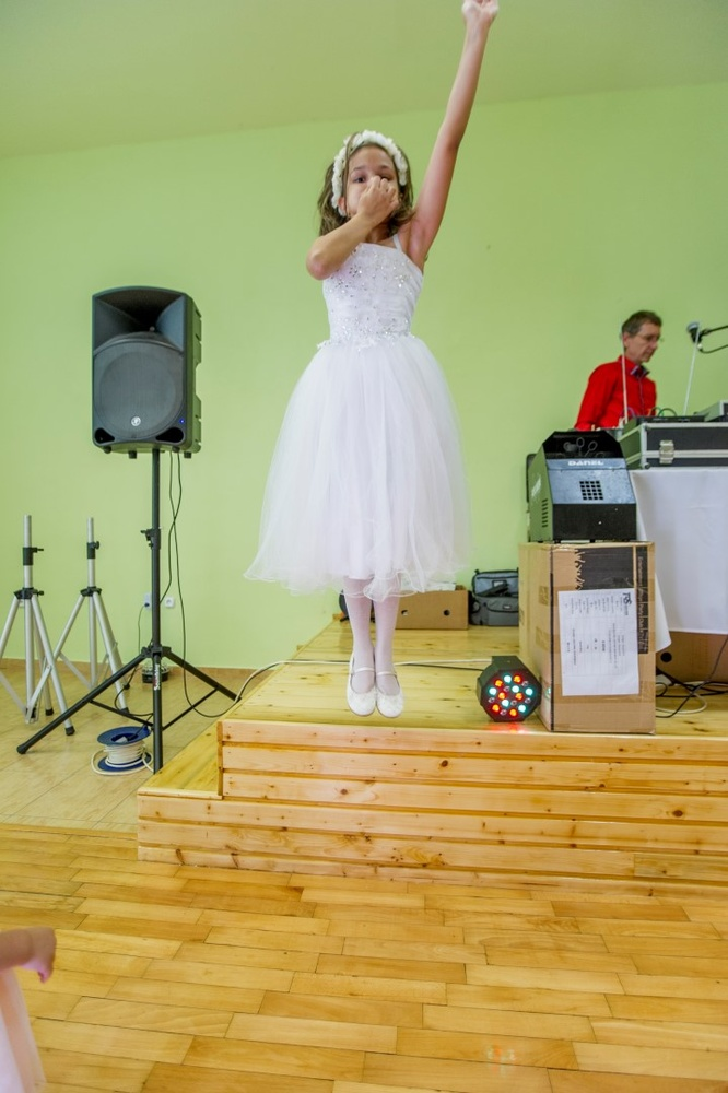 http://www.fotoz.sk/images/gallery-8/normal/eskuvoi-fotos_svadobny-fotograf_513.jpg