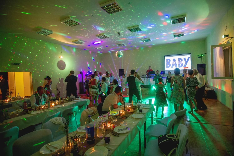 http://www.fotoz.sk/images/gallery-8/normal/eskuvoi-fotos_svadobny-fotograf_539.jpg