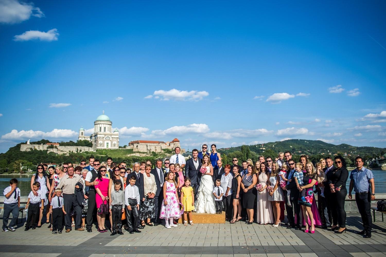 http://www.fotoz.sk/images/gallery-9/normal/eskuvoi-fotos_svadobny-fotograf_098.jpg