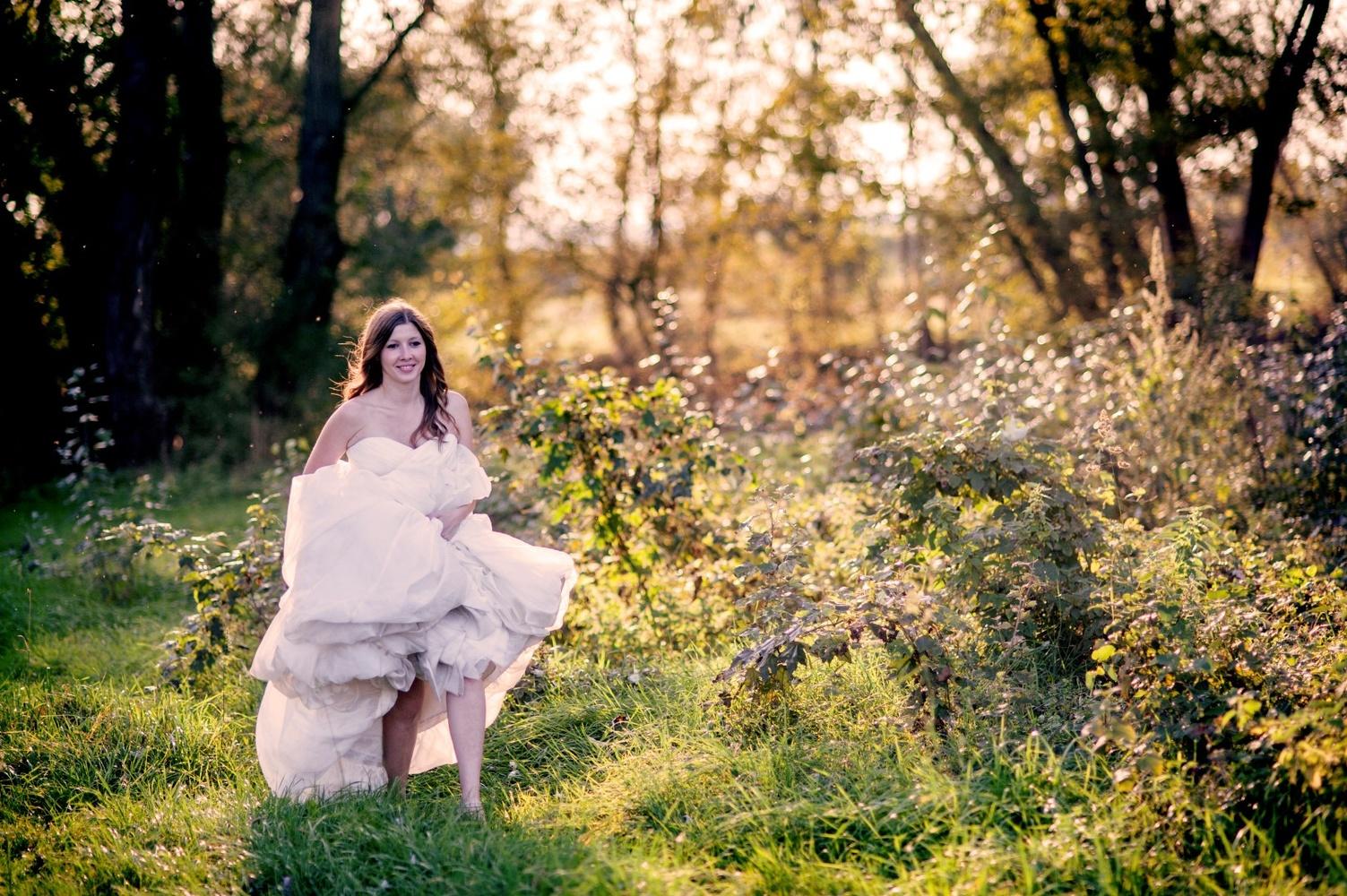 http://www.fotoz.sk/images/gallery-9/normal/eskuvoi-fotos_svadobny-fotograf_201.jpg